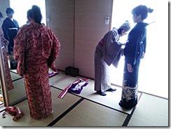 着付教室で他装と自装の練習 (3)