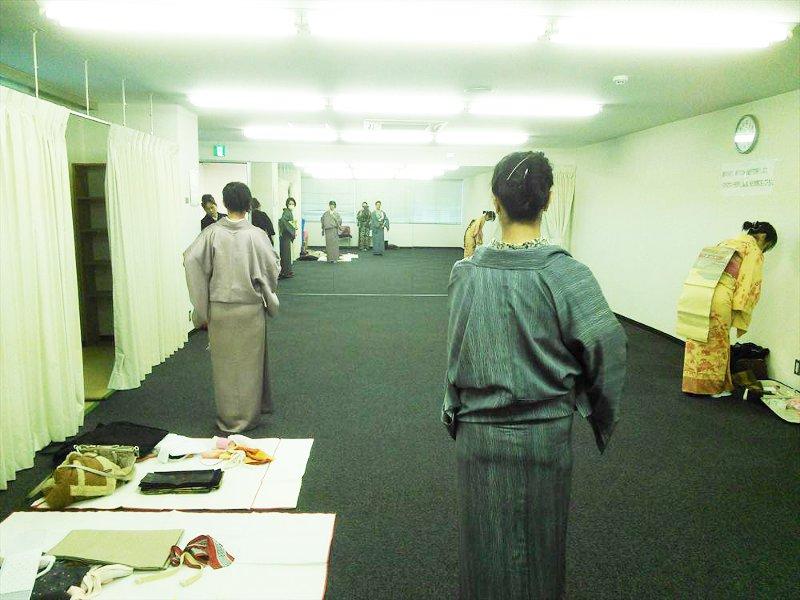 礼装着と普段着の着付け教室(リビングカルチャー倶楽部)