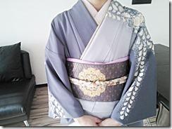 辻が花のかっこいい着物の出張着付に (1)