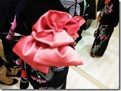 浴衣にかわいい半幅帯結びを着付けに (1)