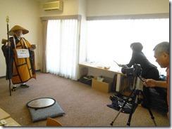 神田山荘に弘法大師の出張着付け (2)