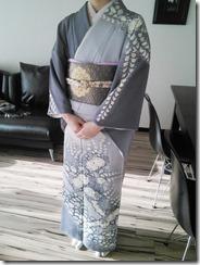 辻が花のかっこいい着物の出張着付に (3)