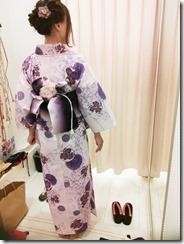 浴衣にお花をアレンジの帯結を出張着付で (3)