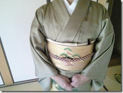 色留袖に帯柄ピッタリの出張着付 (3)
