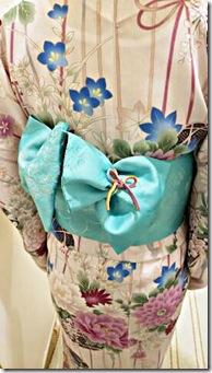 花火大会へ浴衣にかわいいリボン帯