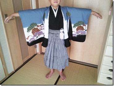 七五三の着付け練習 (2)
