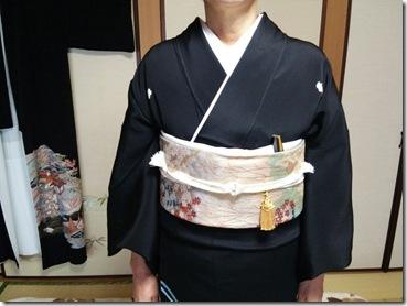 着付師 島さん黒留袖の出張着付(*^_^*)♪