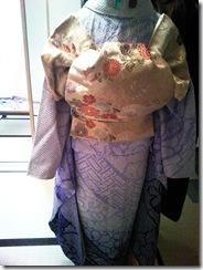 美容師さんの成人式の振袖着付け練習 (2)