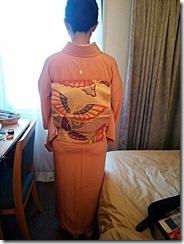ユニゾイン広島で色無地の出張着付 (3)