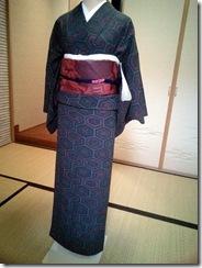 普段着の小紋を着付けて (4)
