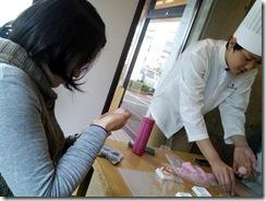 和菓子作り体験へ (10)