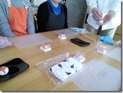 和菓子作り体験へ (7)