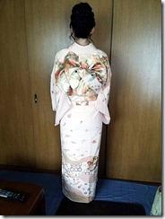 淡いピンクの訪問着に変わり結びを(*^^*)