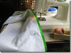 花嫁衣装の収納バックを製作 (2)