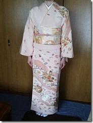 淡いピンクの訪問着に変わり結びを (4)
