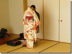 振袖の着付を練習中 (3)