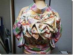 素敵な総しぼりの小紋を着付に (3)