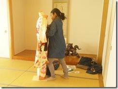 振袖の着付を練習中 (4)