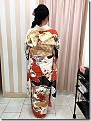 謝恩会に袴から振袖に (2)