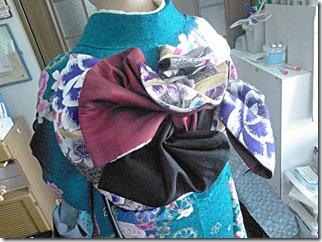 振袖の帯締めを編んで (4)