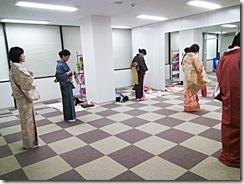 リビングカルチャー倶楽部移転で夜クラスのきもの教室を開講 (4)