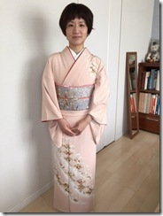 淡いピンクの着物で入学式へ(*^^*)♪
