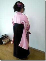 袴で広大の卒業式に (4)