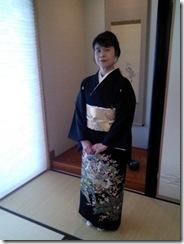 振袖と黒留袖でご親族の結婚式に (6)