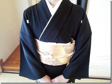 振袖と黒留袖でご親族の結婚式に (7)