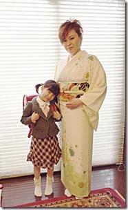入学式にかわいいランドセルとお着物