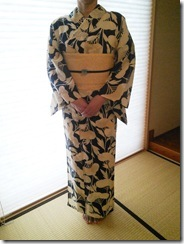 きれいな浴衣姿でとうかさんへ (2)