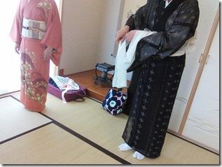 広島の美和きもの教室で着付練習 (3)