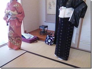広島の美和きもの教室で着付練習