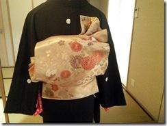美容師さんの黒留袖の他装着付レッスン (4)