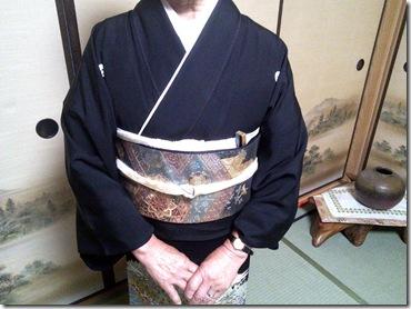 結婚式へ黒留袖で (3)