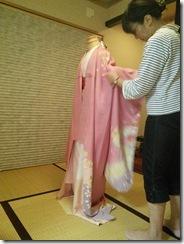 美和きもの教室で振袖の他装着付練習を (3)