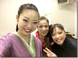 STEPSダンスコンサートで着付も楽しんで (9)