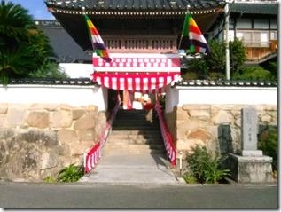 安佐南区のお寺さんへ振袖の出張着付 (7)