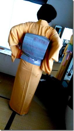 色無地と袋帯の二重太鼓を練習中(^o^)♪