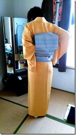 色無地と袋帯の二重太鼓を練習中 (1)