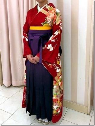 謝恩会に素敵な袴姿で(*^_^*)♪