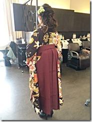 とてもかわいいお二人の袴着付に (2)