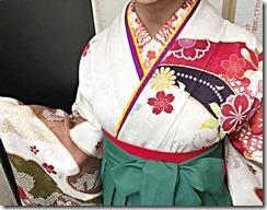 安佐南区の美容室ハーツへ袴の出張着付に (1)