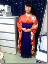 鮮やかな紫の袴も素敵な (1)