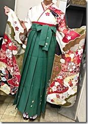 安佐南区の美容室ハーツへ袴の出張着付に (2)