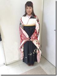 ハーツ五日市店に袴の出張着付け (1)