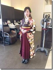 とてもかわいいお二人の袴着付に (1)