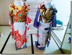 色鮮やかな振袖着付け練習 (6)