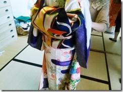 色鮮やかな振袖着付け練習 (4)