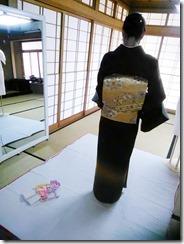着物を美しく着るために (2)